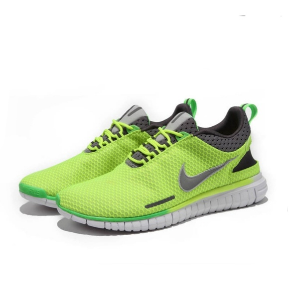 quality design 1fc9a 223c5 Nwot Manchester Nike Free OG Breeze'14 Neon Green